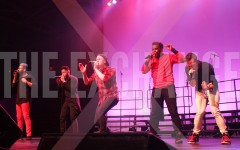 Successful a cappella group exchanges ideas with aspiring artists