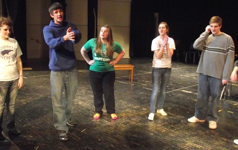 'Play On' takes hilarious peek behind the scenes of a play