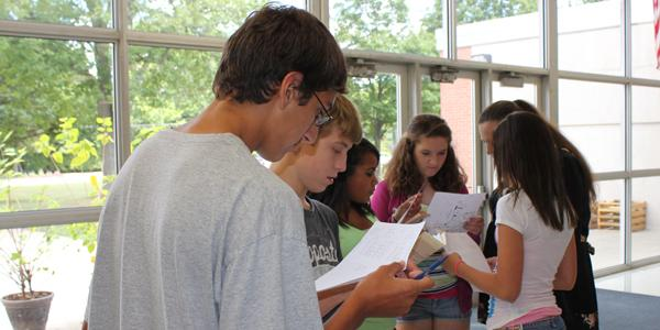 Upperclassmen give time-tested advice to incoming freshmen