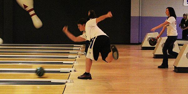 Bowling teams begin Sectional action with high hopes