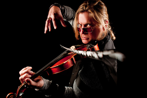 World-class violinist and fiddler coming to FHS