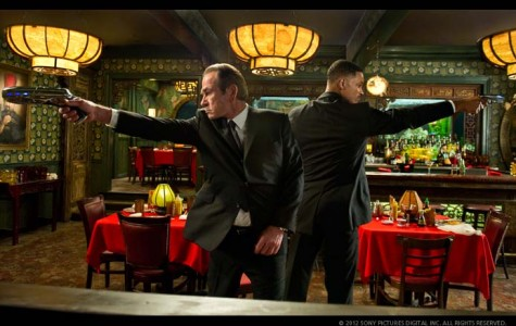 'Men in Black 3' proves third time is (another) charm