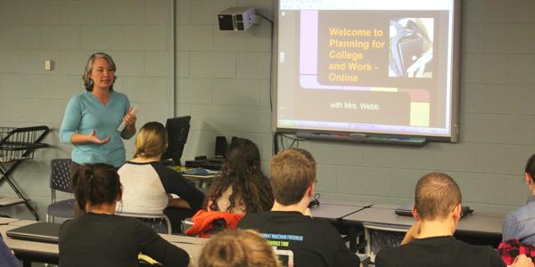 Online classes offer students flexibility, new challenges