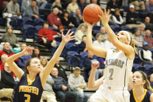 Danielle+Shafer+attempts+and+ultimately+makes+a+layup%2C+helping+the+Firebirds+beat+Springfield+102-11.+