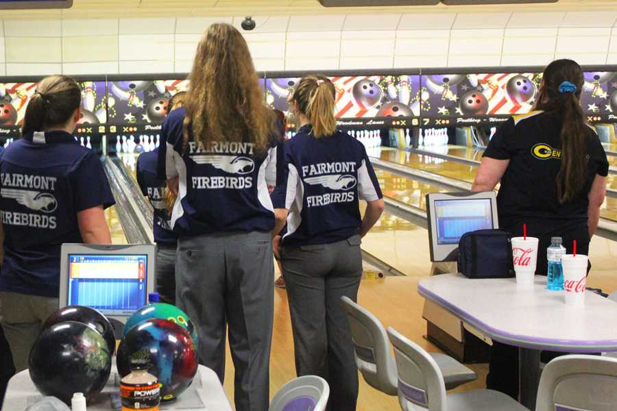 Members+of+the+Boys%27+and+Girls%27+Varsity+Bowling+teams+warm+up+before+a+match+against+Centerville+High+School+this+year.