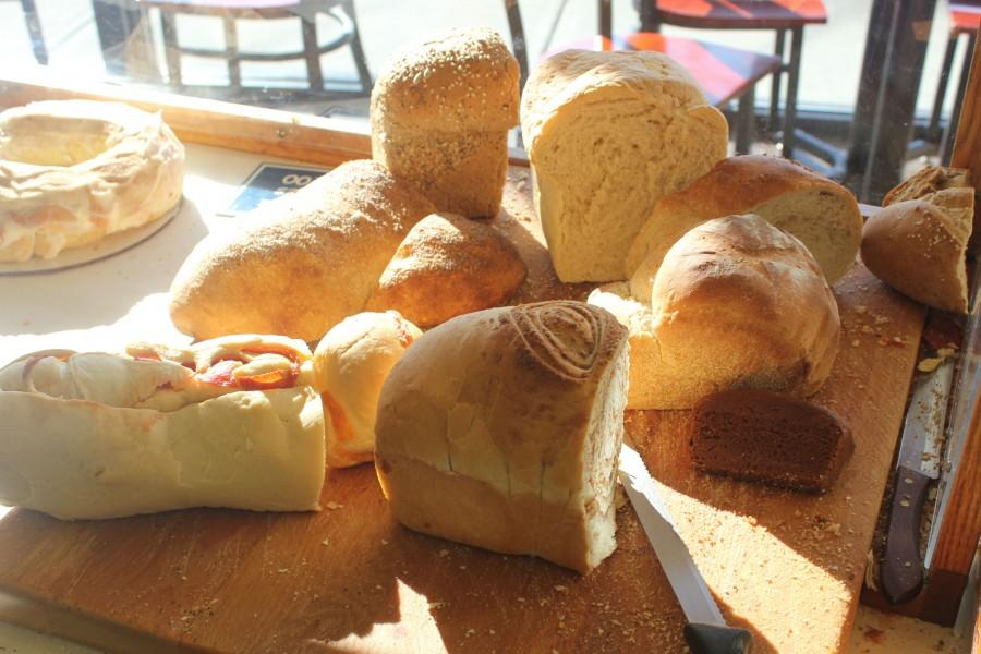 Big+Sky+Bread+provides+a+variety+of+breads+for+customers+to+sample.