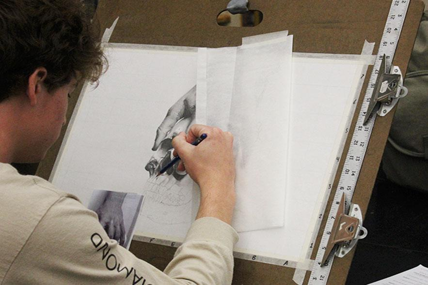 Colin+Cunningham+working+on+his+latest+sketch+in+Art.