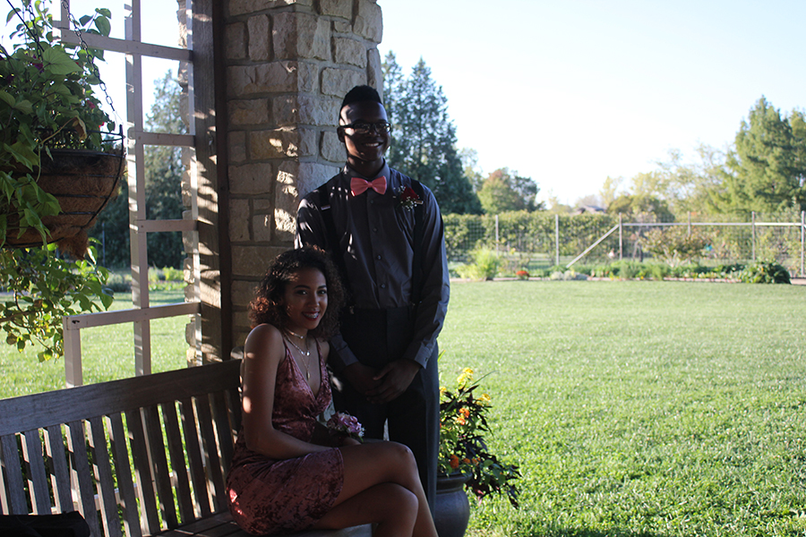 Sophomore, Jairi Walker and sophomore, Kayla Morris pose for a picture at Cox Arboretum.